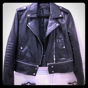 ZARA leather jacket...amazing condition 😍